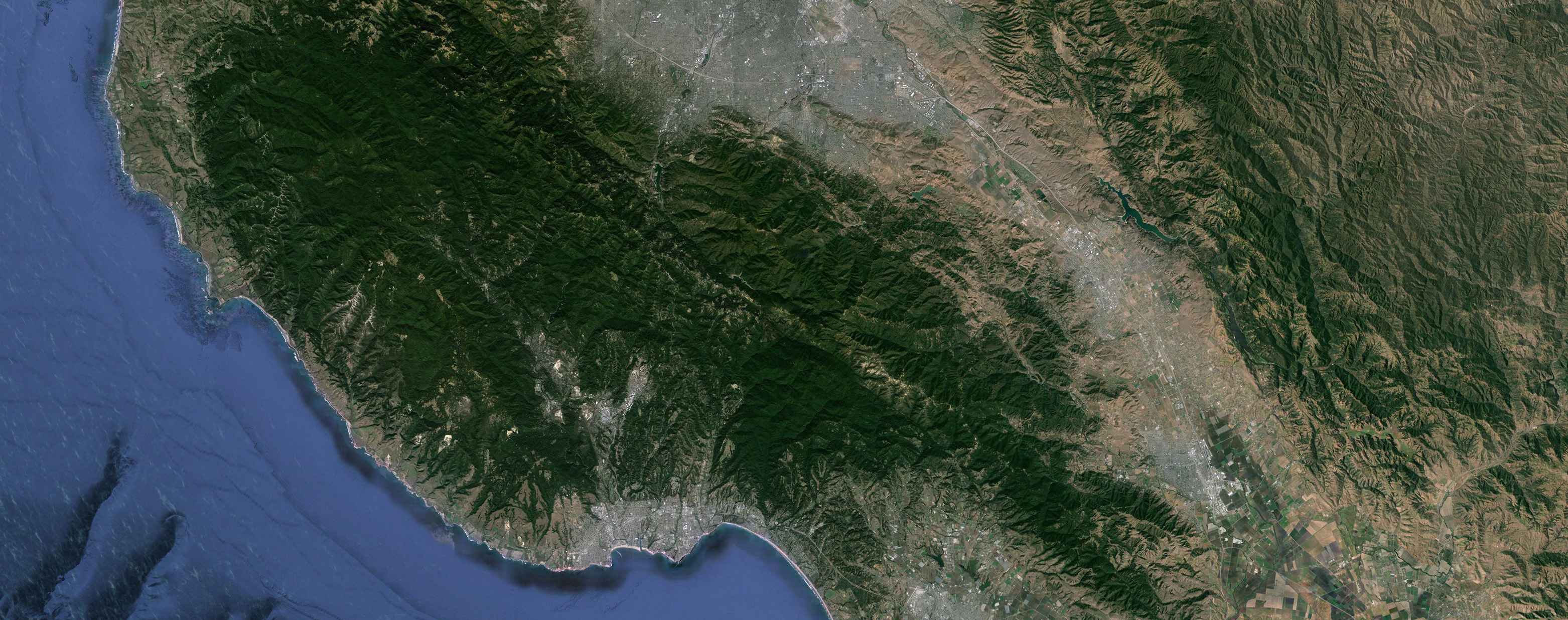 A Google Earth image of San Jose, CA, which has a low sprawl score and high upward mobility.