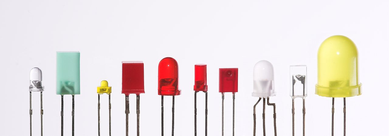 1280px-Verschiedene_LEDs
