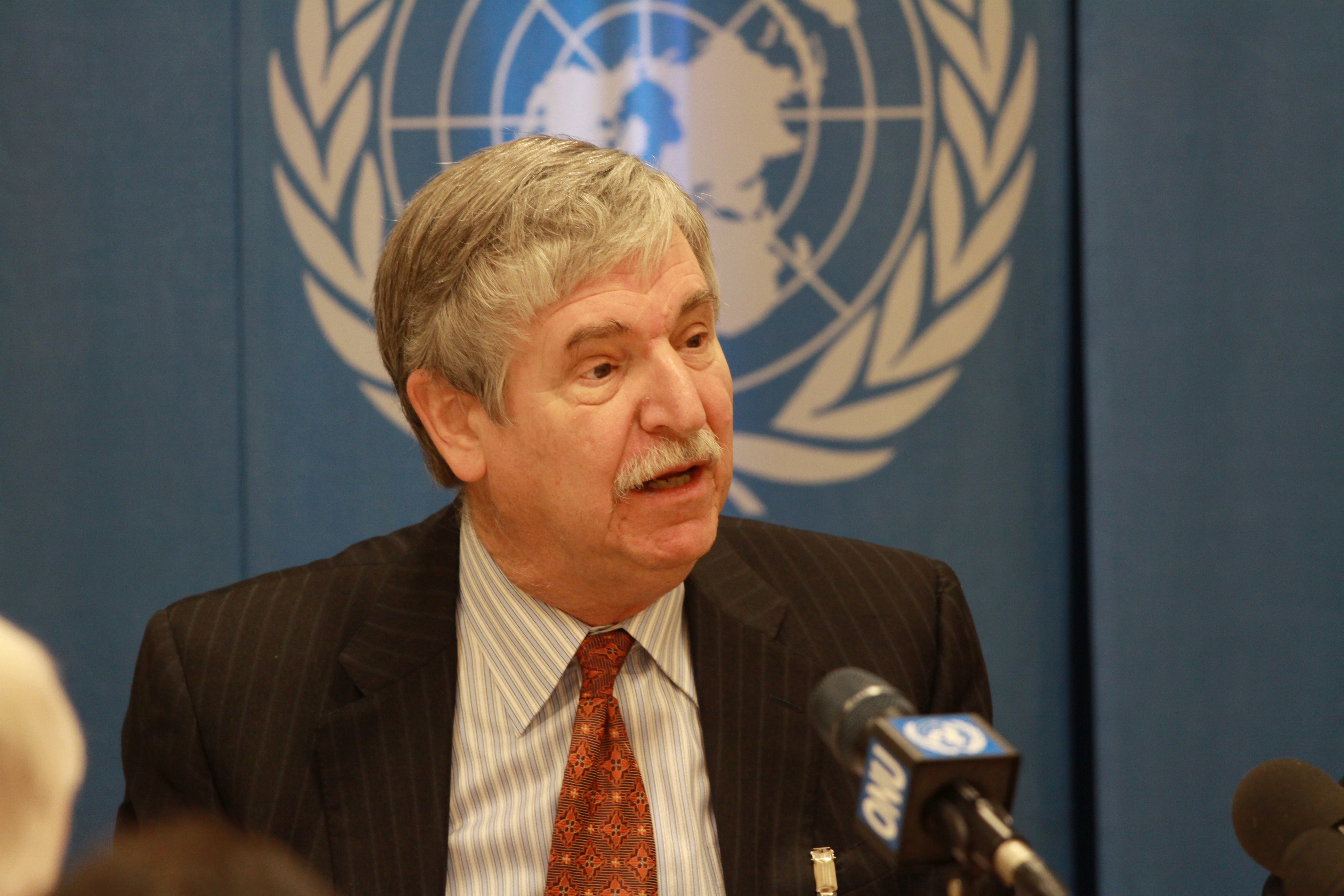 Ambassador_John_W._Limbert,_Deputy_Assistant_Secretary_for_Iran_2